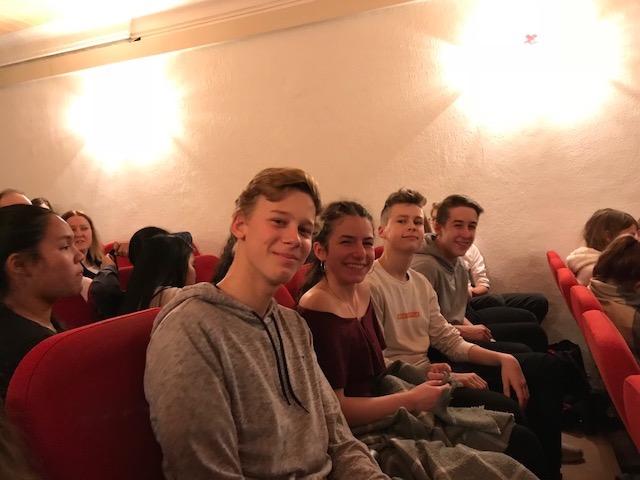 A Christmas Carol – Besuch der 1HCA und 1HTA im englischen Theater